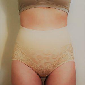 Alakformáló női alsó csipkével