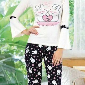 Női pizsama nyuszis mintával