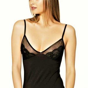 Csipkés mellrészes női pamut trikó