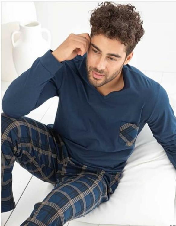 Férfi hosszuujjú pamut pizsama kockás nadrággal